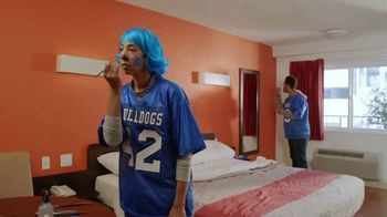 Motel 6 TV Spot, 'Rivalries' - Thumbnail 2