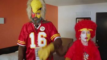 Motel 6 TV Spot, 'Rivalries' - Thumbnail 7