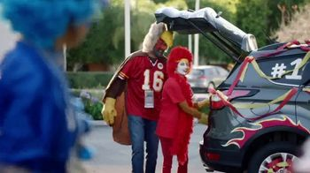 Motel 6 TV Spot, 'Rivalries' - Thumbnail 8