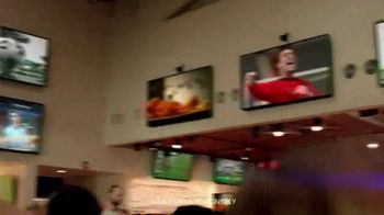 Hooters TV Spot, 'Buddies Cup: Challenge' - Thumbnail 6