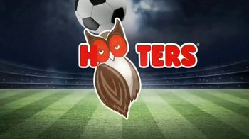 Hooters TV Spot, 'Buddies Cup: Challenge' - Thumbnail 8