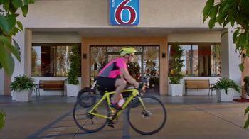 Motel 6 TV Spot, 'A Good Ride' - Thumbnail 9