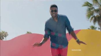 Old Navy TV Spot, 'Jump Into Summer With Old Navy: Entire Store' - Thumbnail 5