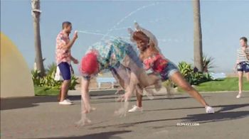 Old Navy TV Spot, 'Jump Into Summer With Old Navy: Entire Store' - Thumbnail 6