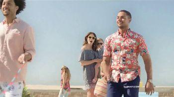 Old Navy TV Spot, 'Sumérgete en el verano: toda la tienda' [Spanish] - Thumbnail 3