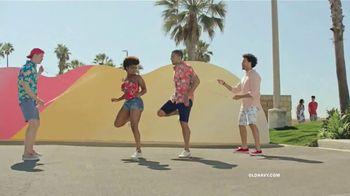 Old Navy TV Spot, 'Sumérgete en el verano: toda la tienda' [Spanish] - Thumbnail 4