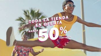 Old Navy TV Spot, 'Sumérgete en el verano: toda la tienda' [Spanish] - Thumbnail 7