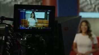 Excedrin Extra Strength TV Spot, 'Ion Television: Headache on Set' Featuring Carmen Ordóñez - Thumbnail 6