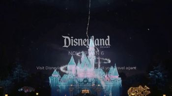 Disneyland TV Spot, 'Where the Holidays Begin' Song by Andy Williams - Thumbnail 10