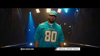 NFL Shop TV Spot, 'Dolphins and Texans Fans' - Thumbnail 4
