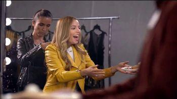 Denny's Super Slam TV Spot, 'Telemundo: panqueques de calabaza' con Christian Acosta [Spanish] - Thumbnail 3