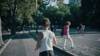 New Balance TV Spot, 'Road to NYC' - Thumbnail 9