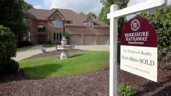 Berkshire Hathaway TV Spot, 'Your Own Backyard' - Thumbnail 1