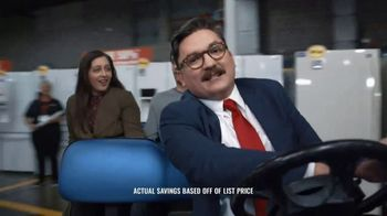 Sears Outlet TV Spot, 'Slightly Imperfect, Perfect Prices' - Thumbnail 9