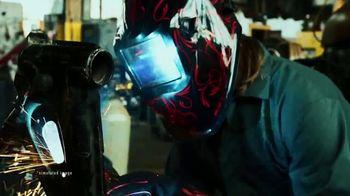 Lincoln Electric VIKING Welding Helmets TV Spot, '4C Lens Technology' - Thumbnail 7