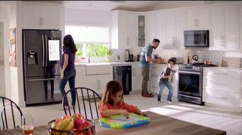 The Home Depot Labor Day Savings TV Spot, 'Lavadora y secadora' [Spanish] - Thumbnail 6