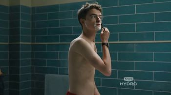 Schick Hydro 5 Sense TV Spot, 'The Man I Am: Kevin' - Thumbnail 4