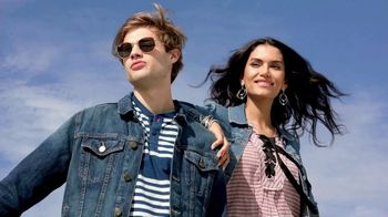 Macy's Labor Day Sale TV Spot, 'Fall Styles' - Thumbnail 1