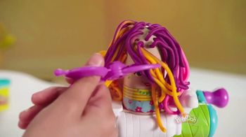 Play-Doh Buzz 'n Cut Playset TV Spot, 'Every Day Is Crazy Hair Day' - Thumbnail 5