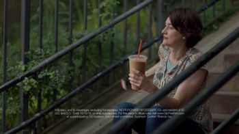 Dunkin' Donuts Sip Peel Win TV Spot, 'Tweet' - Thumbnail 5