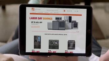 The Home Depot Labor Day Savings TV Spot, 'Suite de cocina' [Spanish] - Thumbnail 2