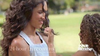 Garnier Whole Blends TV Spot, 'Blended Makes Us Better' Song by Alana Yorke - Thumbnail 8