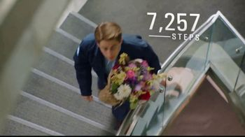 Dr. Scholl's TV Spot, 'Doug's on the Move' - Thumbnail 4