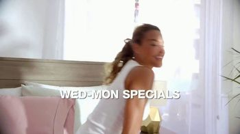 Macy's Labor Day Sale TV Spot, 'Specials' - Thumbnail 3