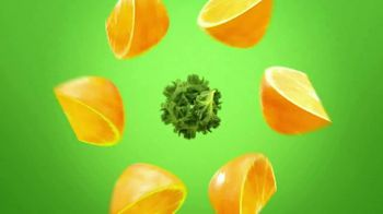 One A Day Men's With Nature's Medley TV Spot, 'Fruits and Vegetables' - Thumbnail 3