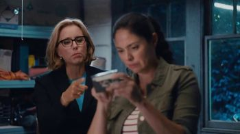 Anthem Blue Cross and Blue Shield TV Spot, 'Moving' Featuring Téa Leoni - Thumbnail 2