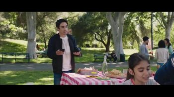 Verizon Unlimited TV Spot, 'BBQ Jams: Note9' Featuring Thomas Middleditch - Thumbnail 1