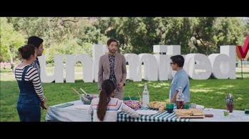 Verizon Unlimited TV Spot, 'BBQ Jams: Note9' Featuring Thomas Middleditch - Thumbnail 8