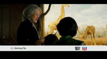 GreatCall Jitterbug Flip TV Spot, 'Dinosaur Museum' Featuring John Walsh - Thumbnail 9
