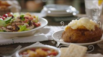 Cracker Barrel Daily Delights Menu TV Spot, 'Biscuit French Toast' - Thumbnail 4