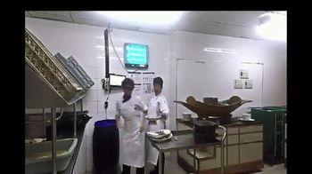 Schneider Electric TV Spot, 'Food and Beverage Industry' - Thumbnail 5