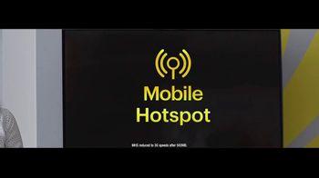 Sprint TV Spot, 'Rooftop: Five Lines' - Thumbnail 4