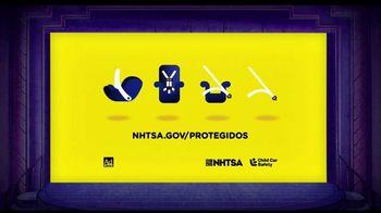 NHTSA TV Spot, 'Teen Titans: silla infantil' [Spanish] - Thumbnail 8