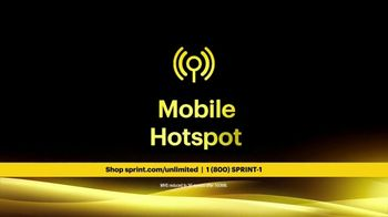 Sprint Unlimited Basic TV Spot, 'Rooftop: Five Lines' - Thumbnail 8
