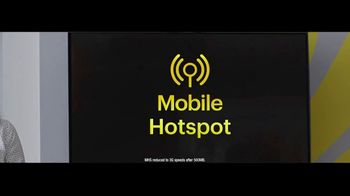 Sprint Unlimited Basic TV Spot, 'Rooftop: Five Lines for $120' - Thumbnail 4