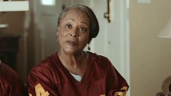 McDonald's Sweet N' Spicy Honey BBQ Glazed Tenders TV Spot, 'Like Grandma' - Thumbnail 4