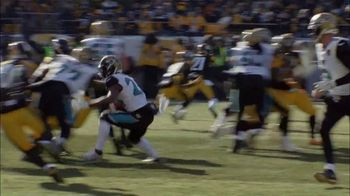 Hyundai TV Spot, 'NFL: The Impossible Made Possible' [T1] - Thumbnail 4