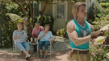McDonald's Sweet N' Spicy Honey BBQ Glazed Tenders TV Spot, 'Sweater' - 2366 commercial airings