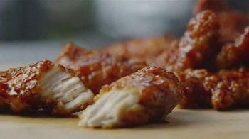 McDonald's Sweet N' Spicy Honey BBQ Glazed Tenders TV Spot, 'Sweater' - Thumbnail 8