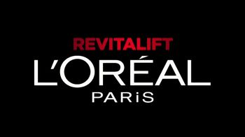 L'Oreal Paris Revitalift Triple Power TV Spot, 'Escépticas' [Spanish] - Thumbnail 1