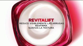L'Oreal Paris Revitalift Triple Power TV Spot, 'Escépticas' [Spanish] - Thumbnail 6