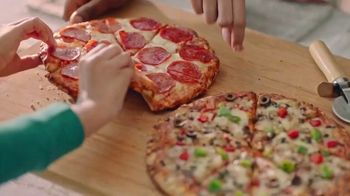 O, That's Good! Pizza TV Spot, 'Love at First Slice' Feat. Oprah Winfrey - Thumbnail 3