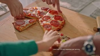 O, That's Good! Pizza TV Spot, 'Love at First Slice' Feat. Oprah Winfrey - Thumbnail 7