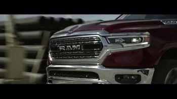 Ram 1500 TV Spot, 'Tecnología: Trabajo Duro' [Spanish] [T1] - Thumbnail 3