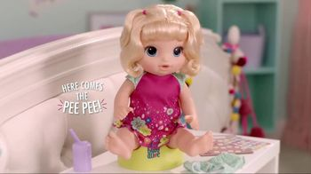 Baby Alive Potty Dance Baby TV Spot, 'Help Baby Go Potty' - Thumbnail 1