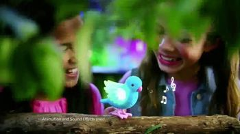 Little Live Pets Light Up Songbirds TV Spot, 'Glowing' - Thumbnail 5